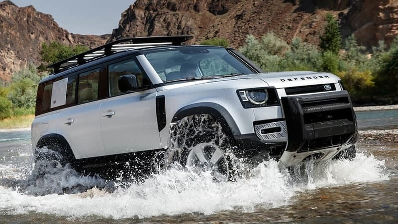 2020 Land Rover Defender fording water