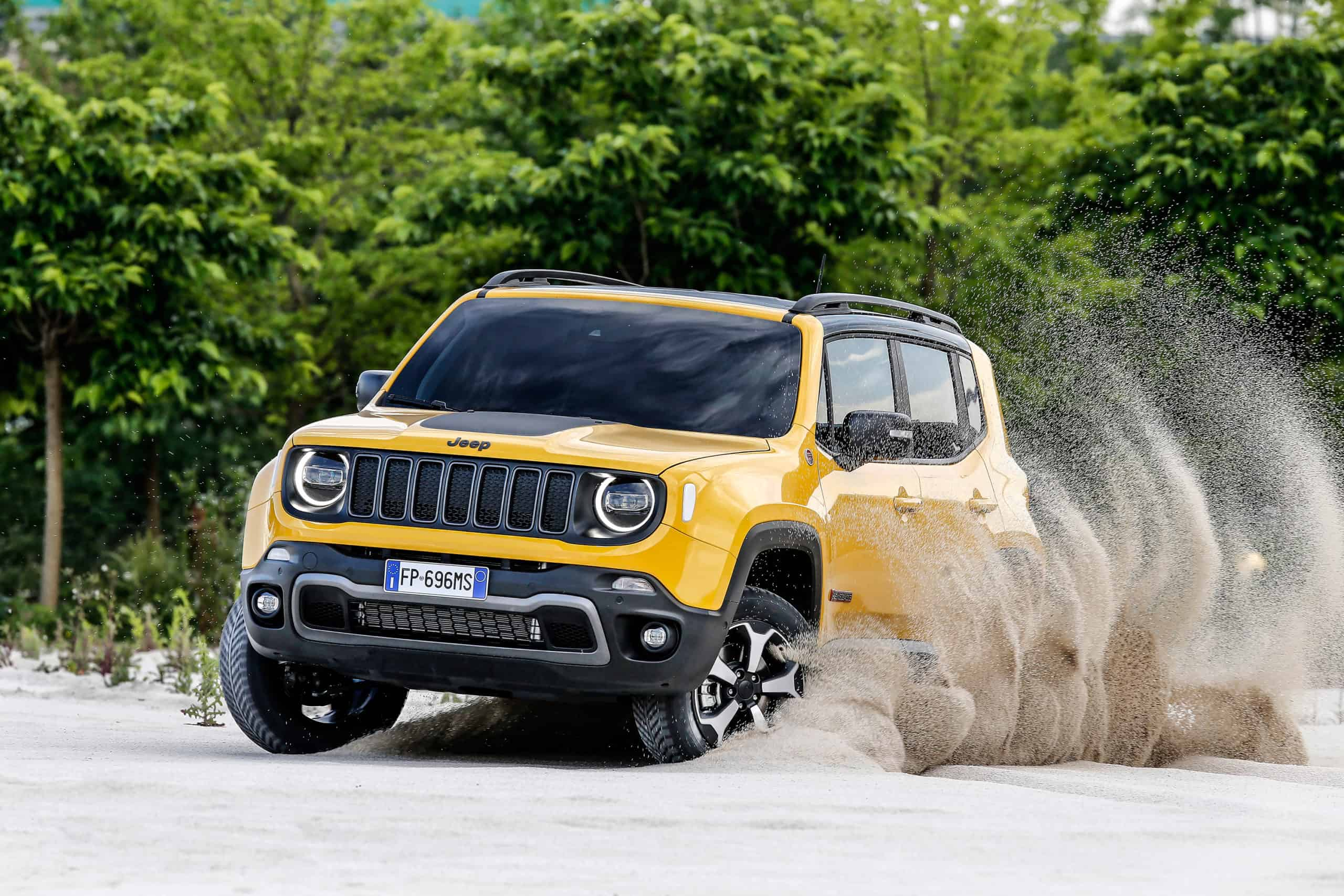 Jeep Renegade in the sand