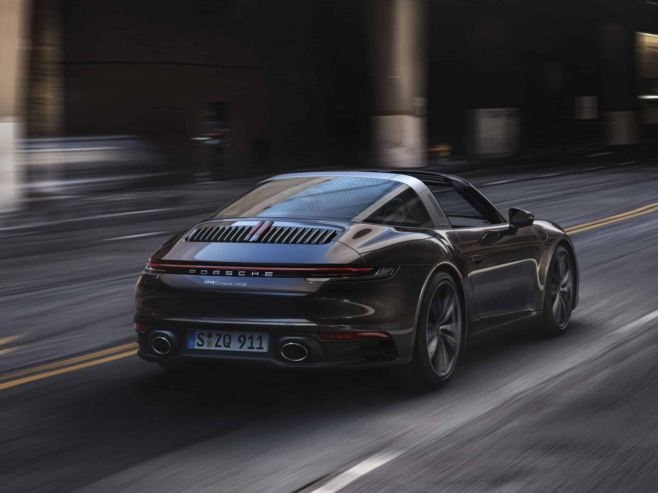 2021 Porsche Targa 4S black rear view moving