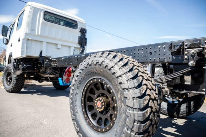Empty EarthCruiser Fuso 4x4 Dual Cab Chassis