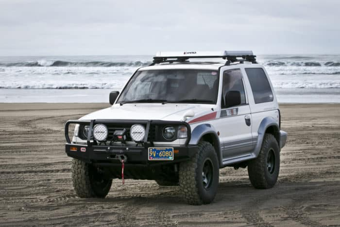 1992 Mitsubishi Pajero customized
