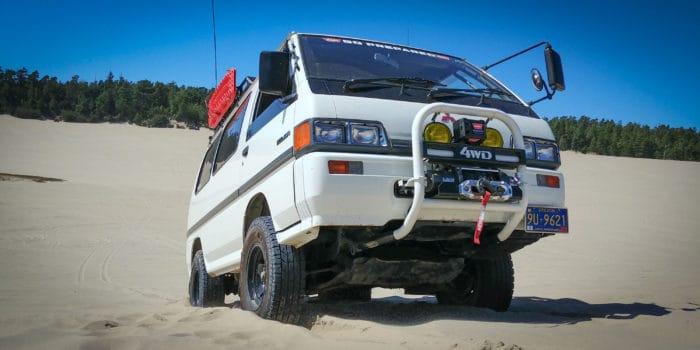 Delica Star Wagon off road