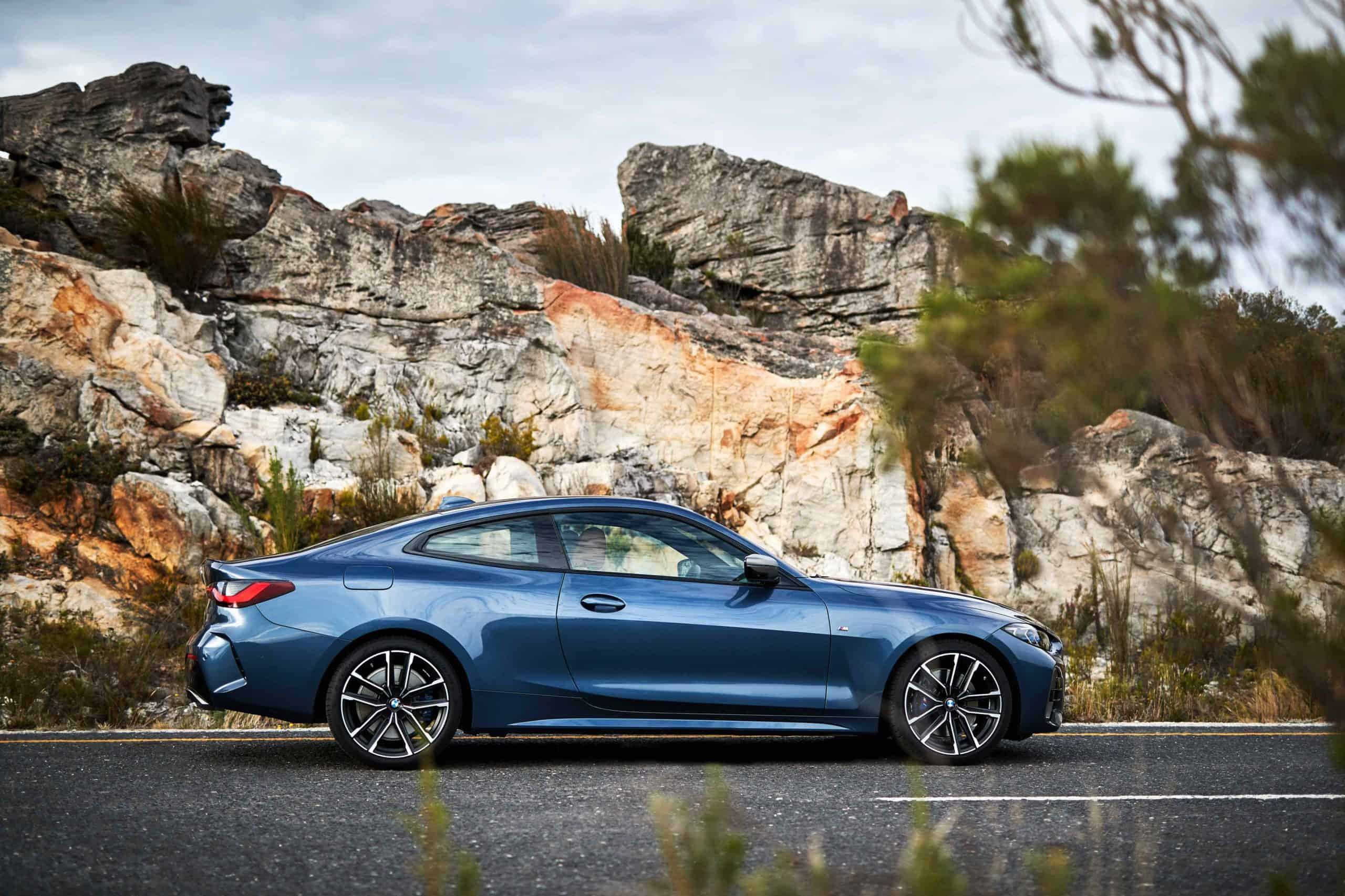2021 BMW M440i xDrive profile