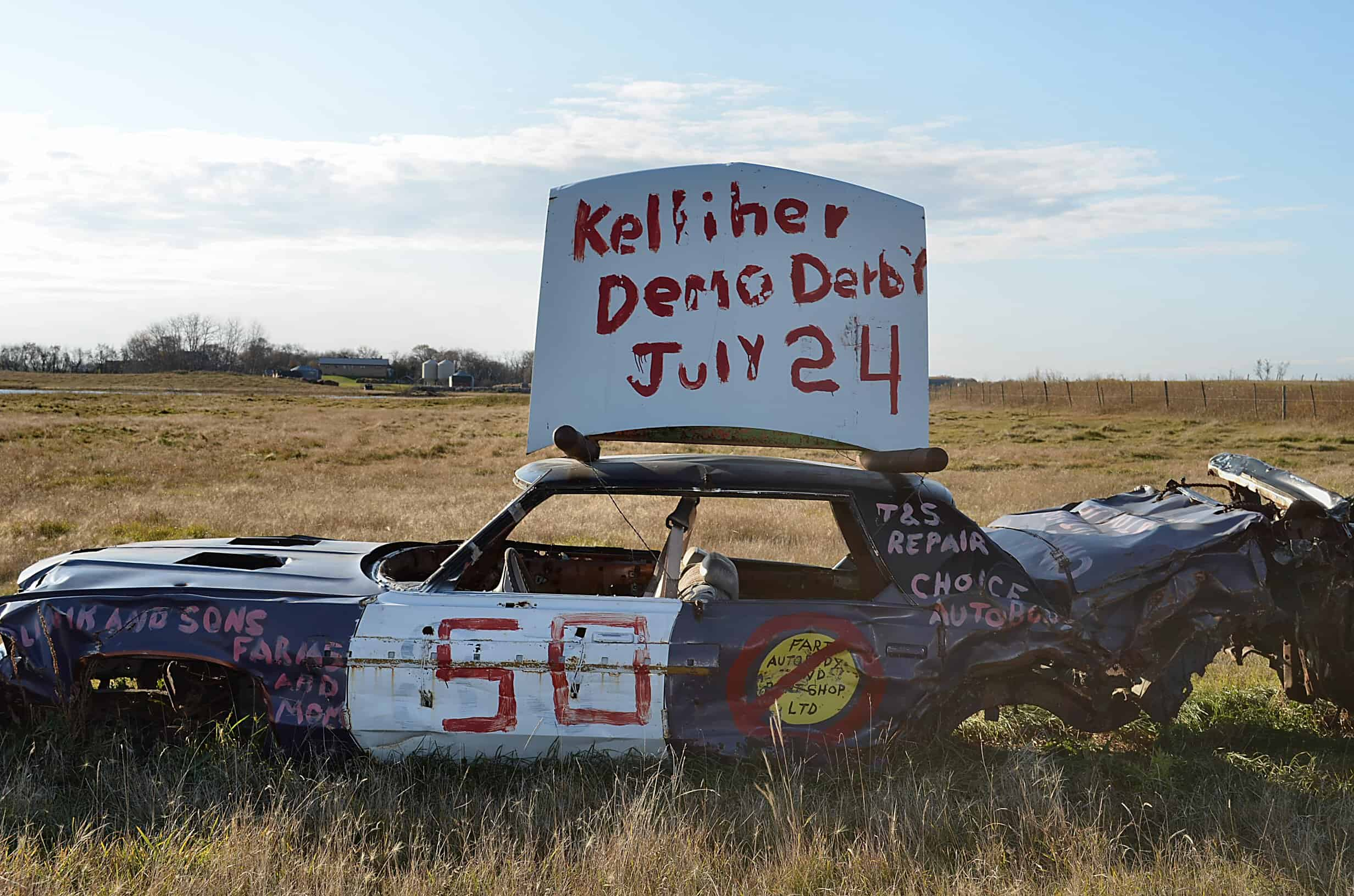 demo derby car sign