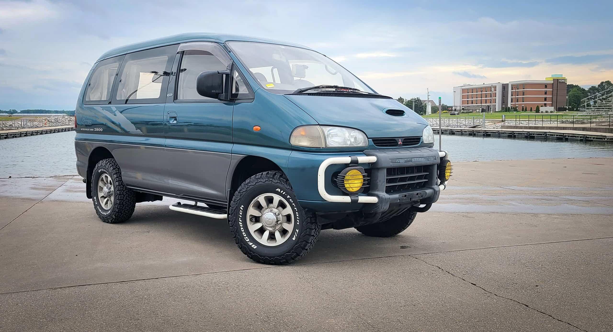 1994 Mitsubishi Delica Space Gear Exceed