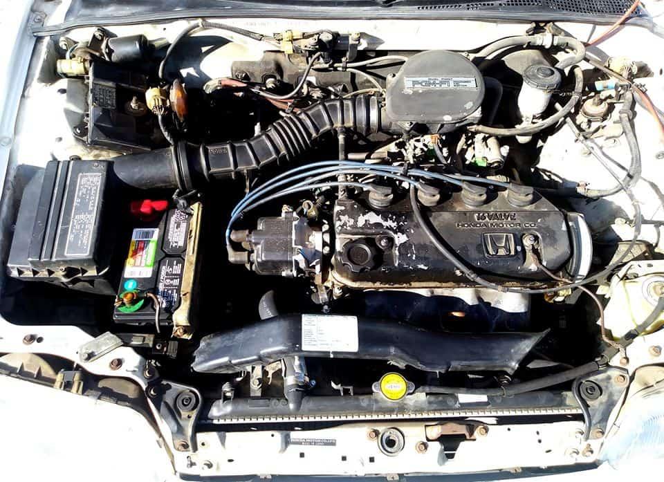 1988 Honda CRX engine bay