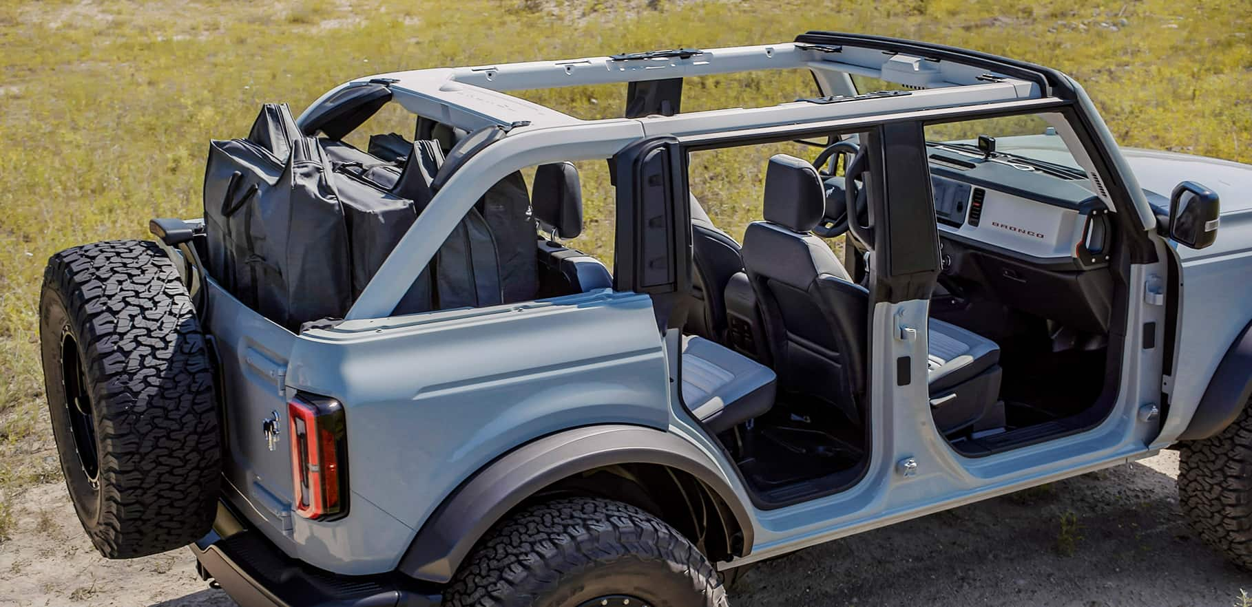 2021 4 door Bronco doors inside