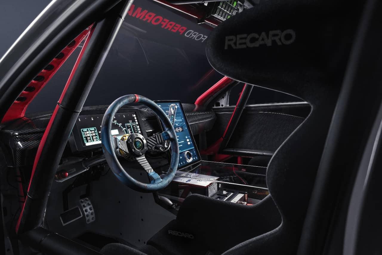 Mach-E 1400 interior