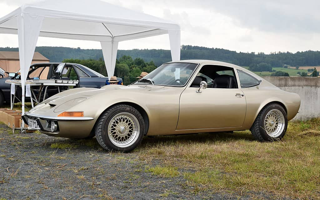 Opel GT copied cars Corvette