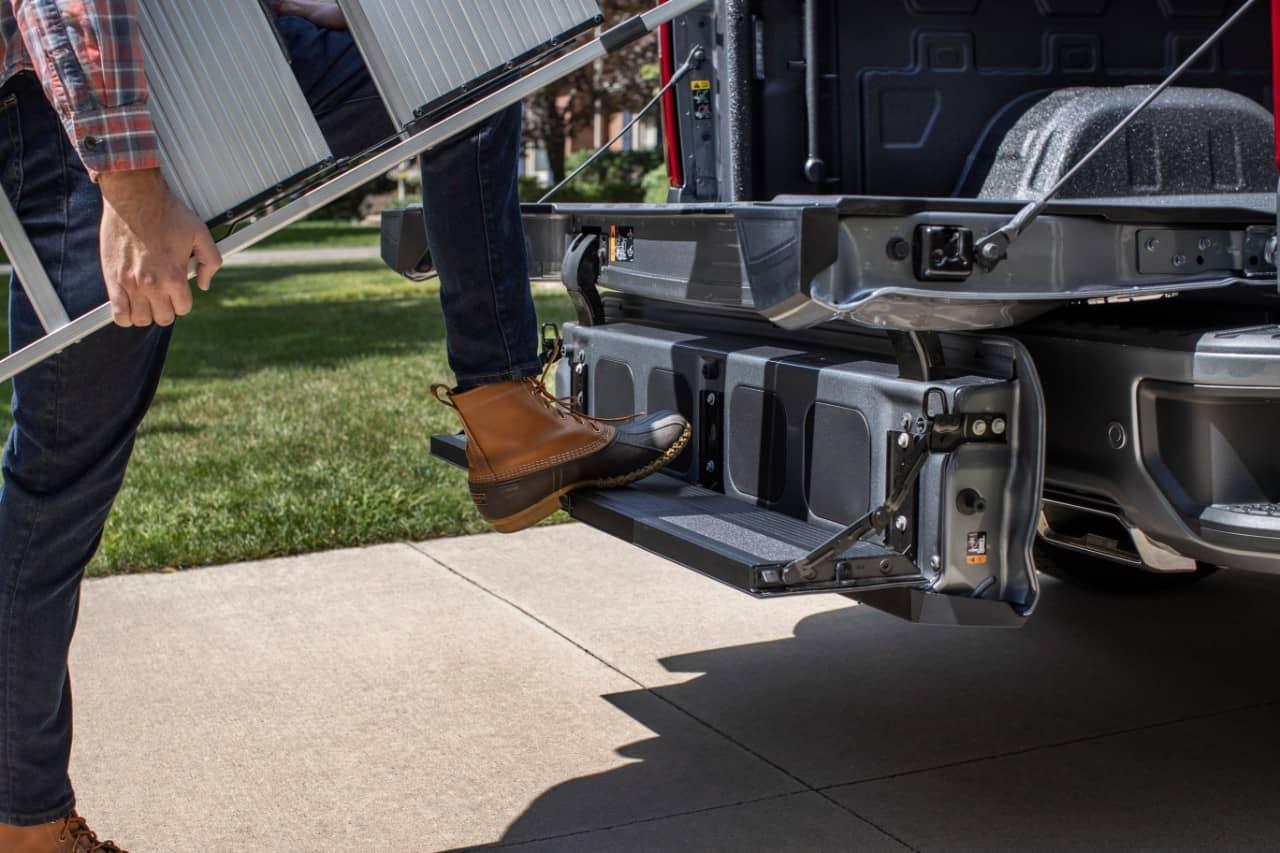 2021 Silverado 1500 Duramax multi-flex tailgate